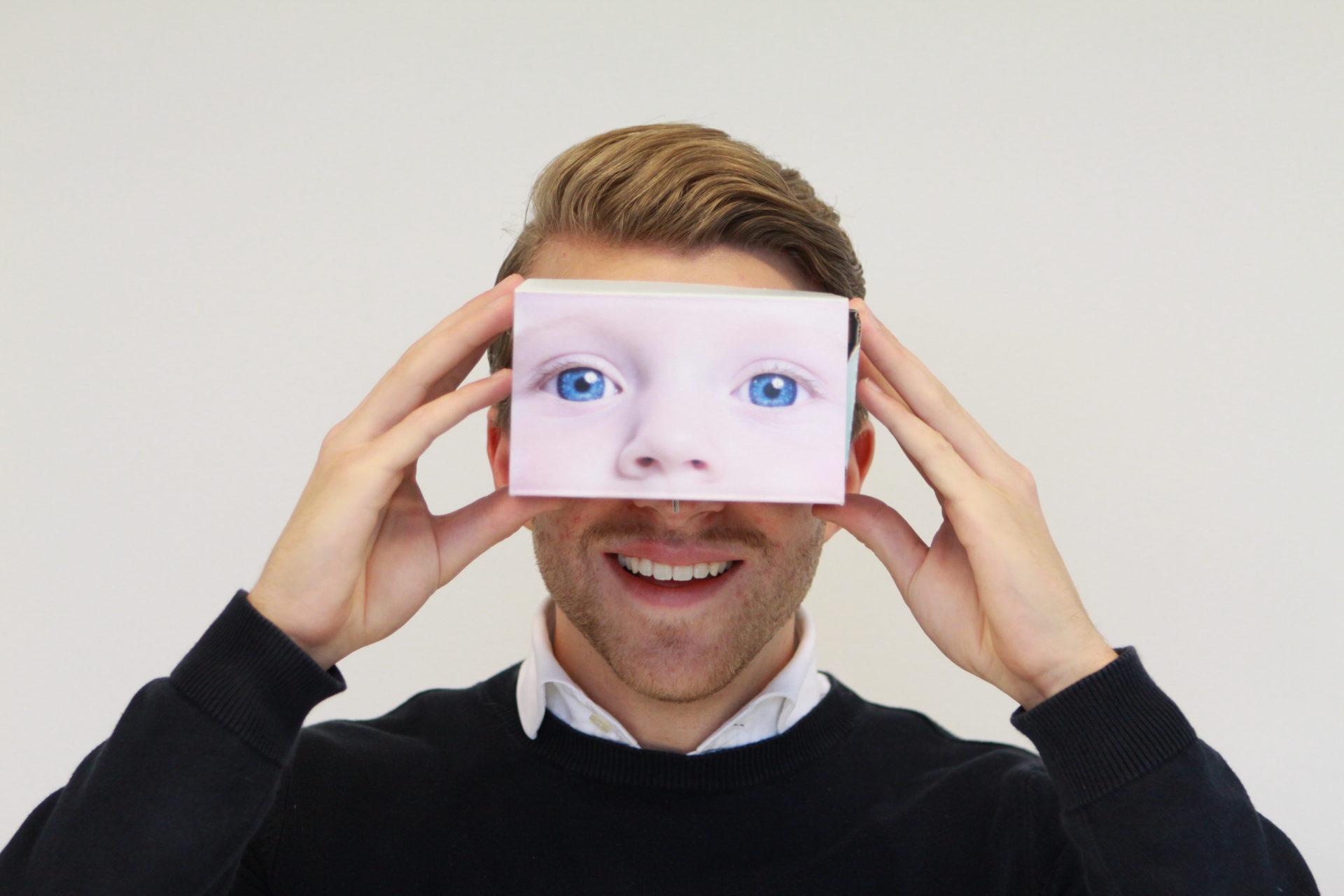 Lunette de réalité augmenté en carton